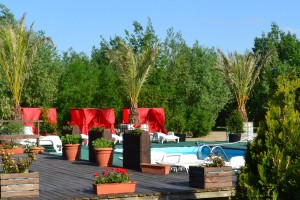 Jacuzzi Club & Resort – See the video :)
